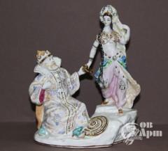 Скульптура «Царь Салтан и заморская царевна»